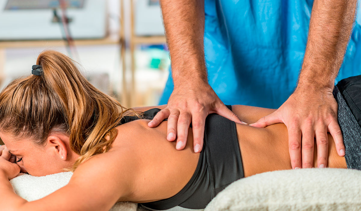 content-pic-chiropractic-back-adjustment